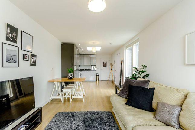 Thumbnail Flat to rent in Roehampton Lane, Roehampton