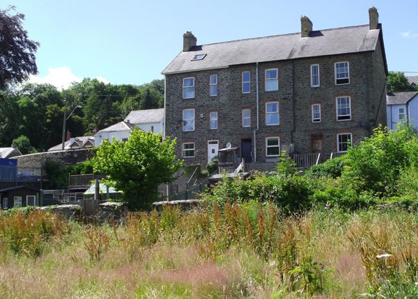 3 bed town house for sale in New Road, Llandysul, Ceredigion, West Wales