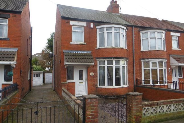 3 bed semi-detached house for sale in Silverdale Road, Hull
