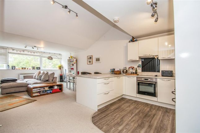1 bed flat for sale in Earlham House Shops, Earlham Road, Norwich