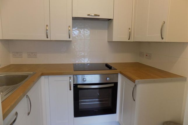 Thumbnail Flat to rent in St. Leonards Road, Eastbourne