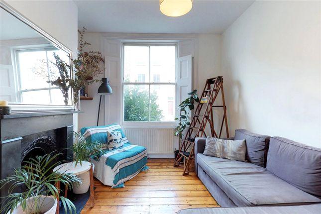 3 bed maisonette for sale in Milton Grove, London