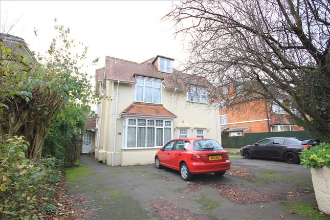 Thumbnail 1 bed flat to rent in Lowther Road, Bournemouth