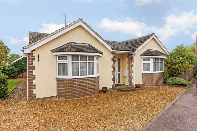 Thumbnail Bungalow for sale in Folly Lane, Caddington, Luton