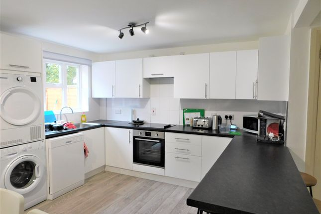 Thumbnail Room to rent in Petronius Way, Highwoods