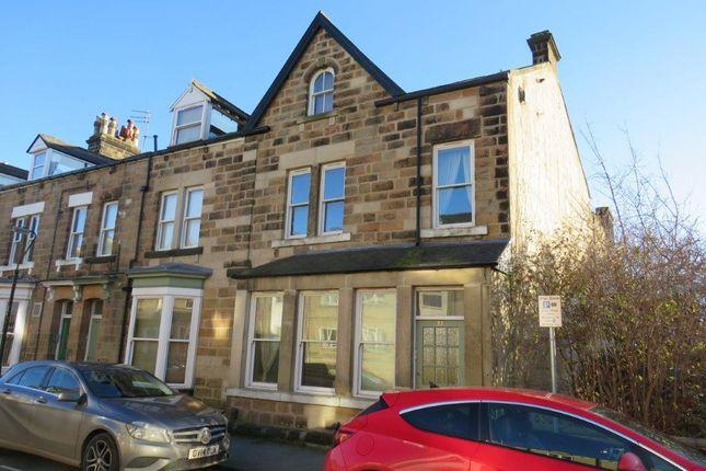 Thumbnail Flat to rent in Robert Street, Harrogate