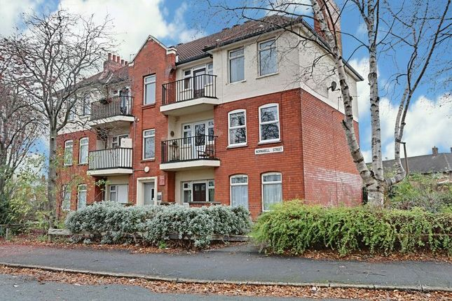 Thumbnail Flat for sale in Nornabell Street, Hull