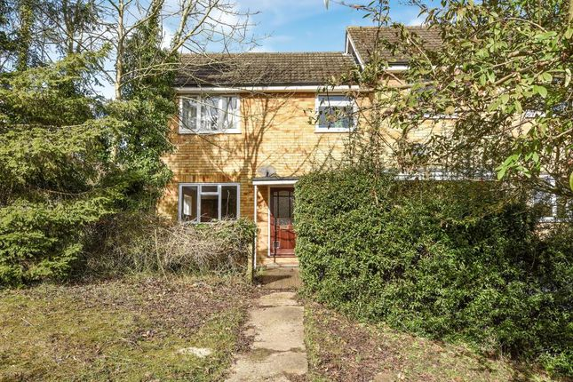Thumbnail Flat for sale in Wooburn Green, Buckinghamshire