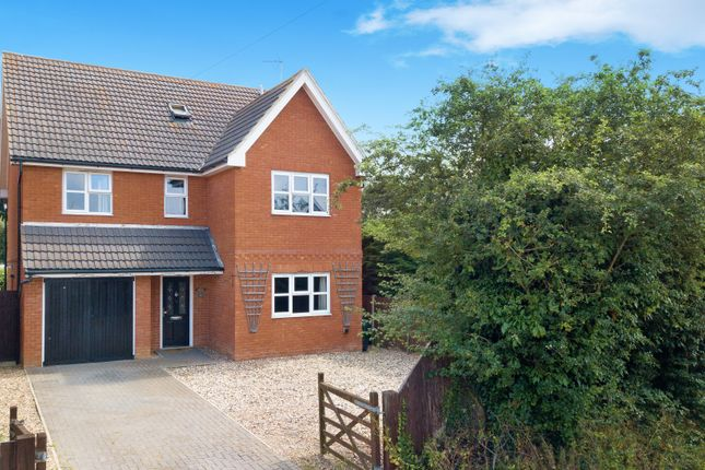 Thumbnail Detached house for sale in Windmill Fields, Coggeshall, Colchester