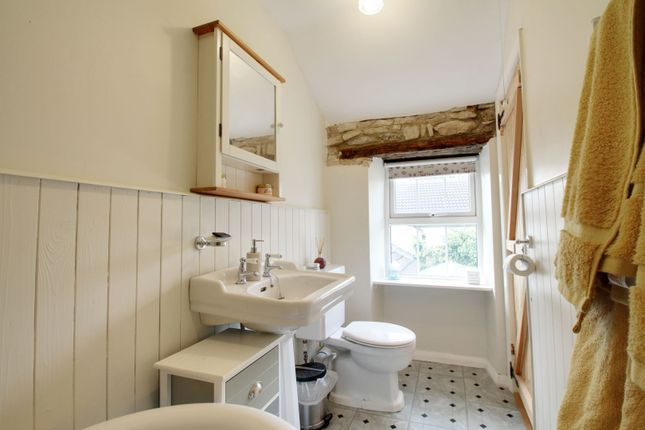 Cottage Bathroom of Newtown Road, Raunds, Wellingborough NN9