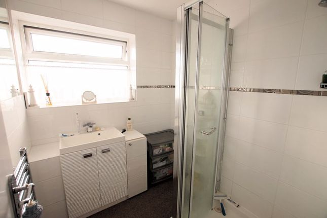 Shower Room of Anson Grove, Fareham PO16