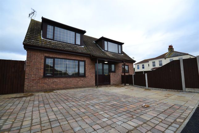 Thumbnail Detached house for sale in Bockings Grove, Clacton-On-Sea