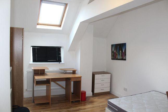 Thumbnail Semi-detached house to rent in Brackenbury Road, Preston, Lancashire