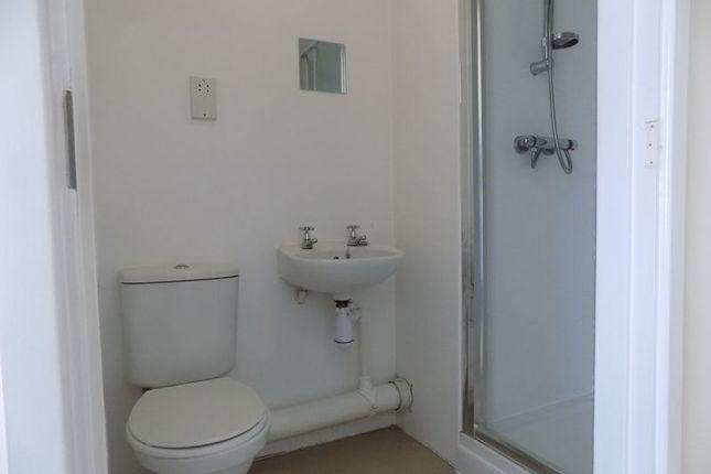 En Suite of Apartment 911, Colonnade, Sunbridge Road, Bradford BD1