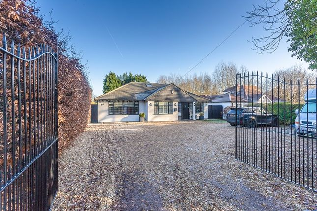 Thumbnail Detached house for sale in Leas Road, Warlingham