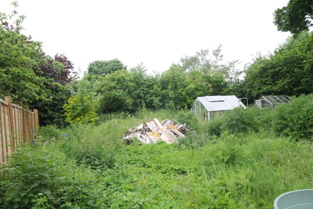 Thumbnail Land for sale in Elmhurst Road, Henwick, Thatcham
