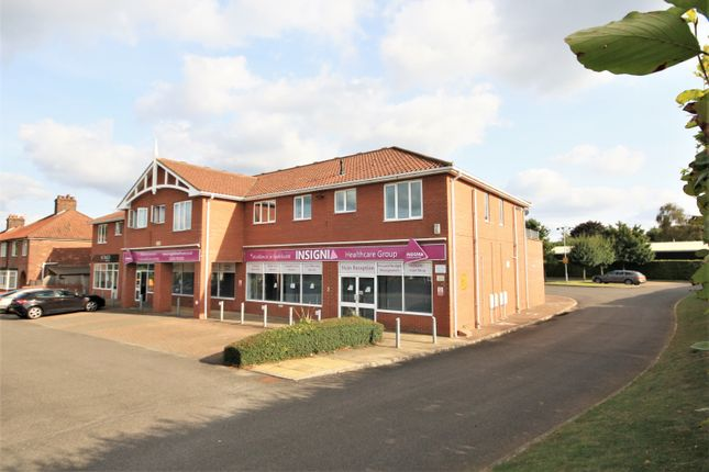 2 bed flat to rent in Bodmin Court, Plumstead Road East, Norwich NR7