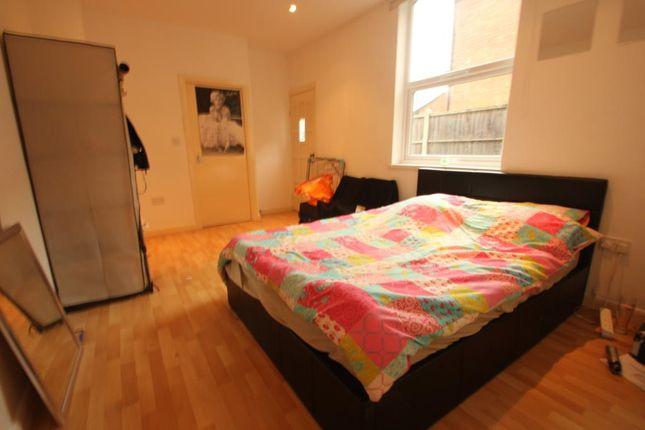 Thumbnail Studio to rent in Stirling Road, Edgbaston, Birmingham, West Midlands