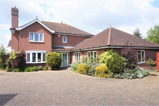 Thumbnail Detached house for sale in Blakeney Lea, Cleethorpes