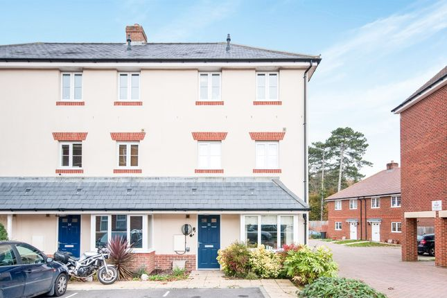 Thumbnail Town house for sale in Houghton Way, Hellingly, Hailsham