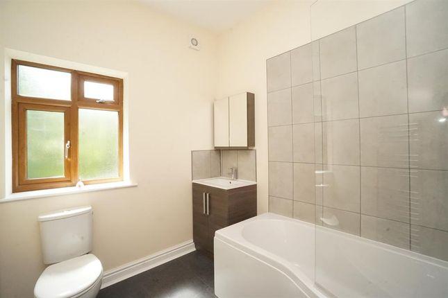 Bathroom of Nile Street, Broomhill, Sheffield S10