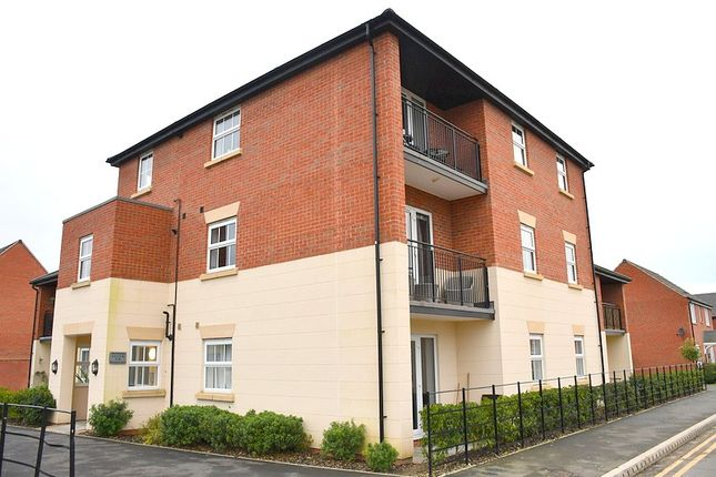 Thumbnail Flat to rent in Woodsford Drive, Boulton Moor, Derby