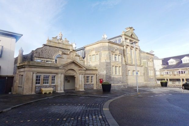 Thumbnail Flat to rent in Knightstone Causeway, Weston-Super-Mare