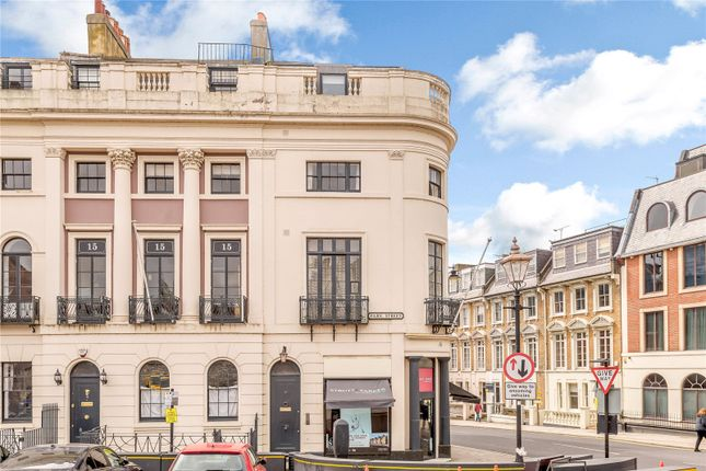 Thumbnail Flat for sale in Park Street, Windsor, Berkshire