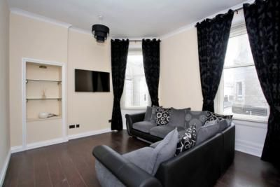 Thumbnail Flat to rent in 2A Granton Place, Aberdeen