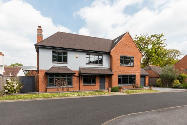 Thumbnail Detached house for sale in Morville Close, Dorridge, Solihull