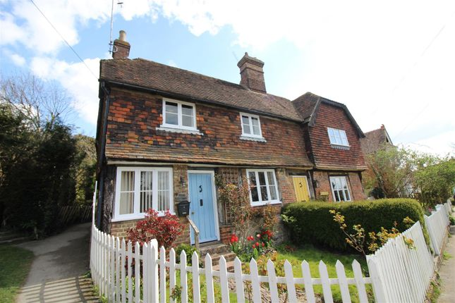 2 bed property to rent in High Street, Kemsing, Sevenoaks TN15
