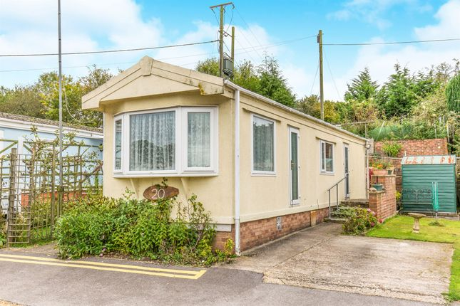 Thumbnail Mobile/park home for sale in Winchester Road, Fair Oak, Eastleigh