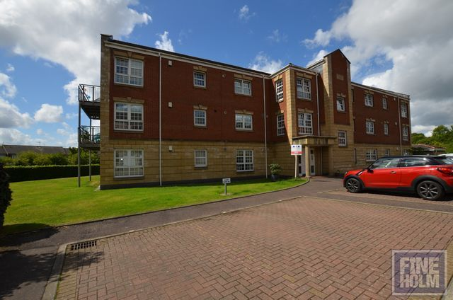 Thumbnail Flat to rent in Old Farm Rd, Bearsden, Glasgow, Lanarkshire