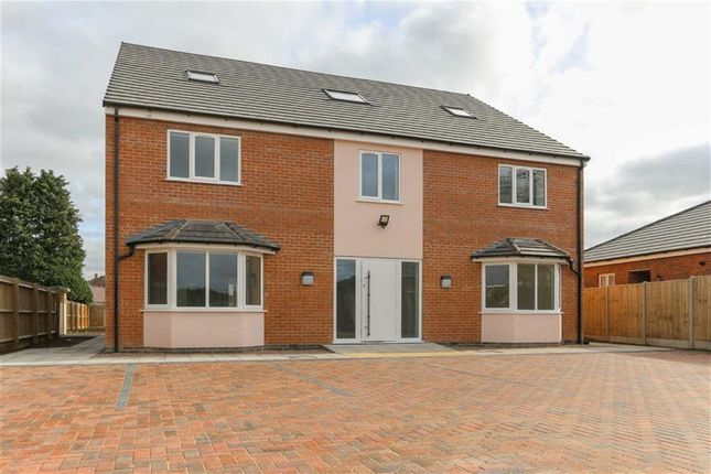 Thumbnail Property for sale in Lawford Lane, Bilton, Rugby