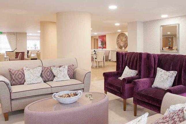 1 bedroom flat for sale in High Street, Hanham, Bristol