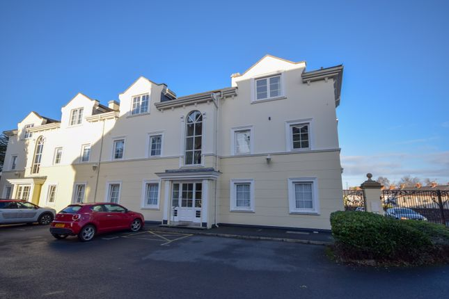 Thumbnail Flat to rent in Glenmore Place, Lisburn