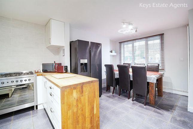 Kitchen Ang4 of Ridgway Drive, Blythe Bridge, Stoke-On-Trent ST11