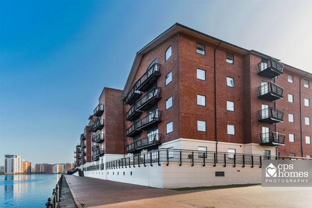 Thumbnail Flat for sale in Henke Court, Cardiff