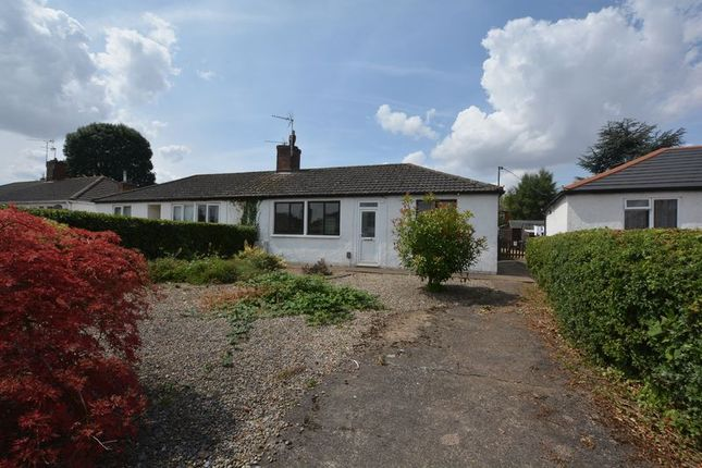 Thumbnail Semi-detached bungalow to rent in Rivelin Place, Scunthorpe