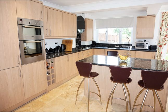 3 bed terraced house for sale in Coldharbour Lane, Bushey