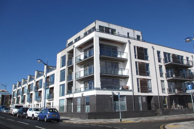 Thumbnail Flat to rent in Brittany Street, Millbay, Plymouth, Devon