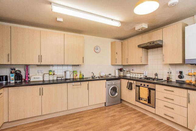 Kitchen of Queen Marys Avenue, Watford WD18