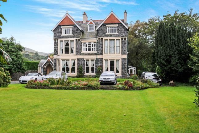 Thumbnail Hotel/guest house for sale in High Street, Llanberis, Caernarfon, Gwynedd