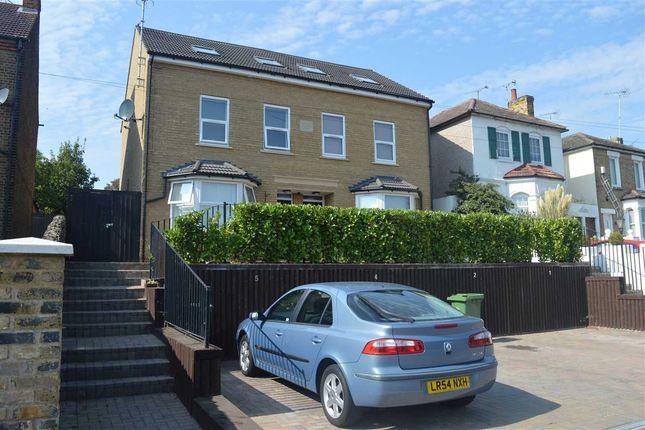 Thumbnail Flat for sale in Kavan Court, 14 Summerhill Road, Dartford