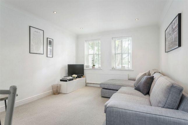Thumbnail Flat for sale in Riverside Road, St Albans, Hertfordshire