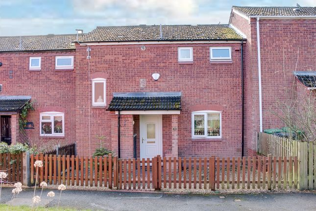 Thumbnail Terraced house for sale in Lightoak Close, Redditch