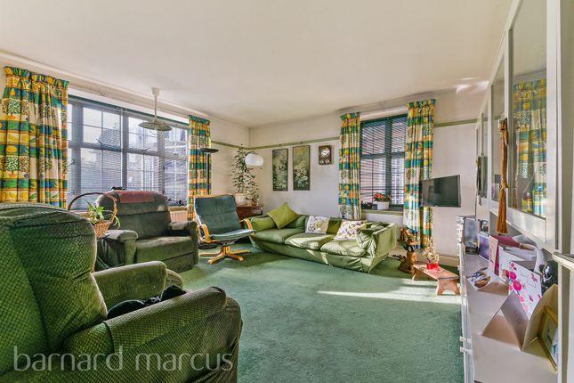 Thumbnail Flat for sale in Heathfield Terrace, London