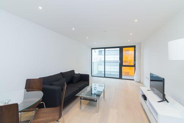 Living Area of Kensington Apartments, Cityscape, Aldgate E1