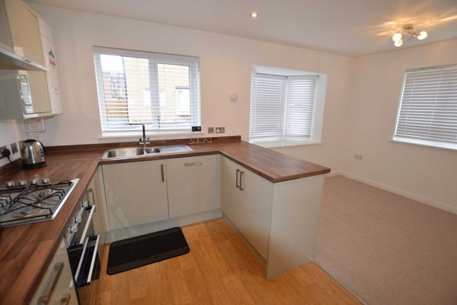 Thumbnail Detached house to rent in Bunkers Crescent, Bletchley, Milton Keynes
