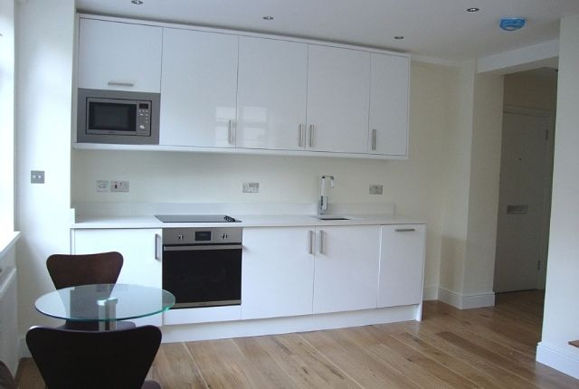 1 bed flat to rent in Nell Gwynn House, Sloane Avenue, Chelsea
